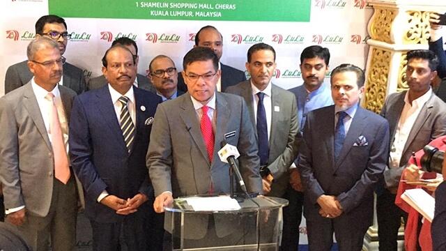 YB Datuk Seri Saifuddin Nasution bin Ismail, Minister of Domestic Trade and Consumer Affairs ofMalaysia officially inaugurated 1 Shamelin Mall