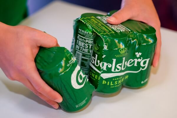 New Carlsberg Betterments - Carlsberg in cans now comes with an Easy to Open feature