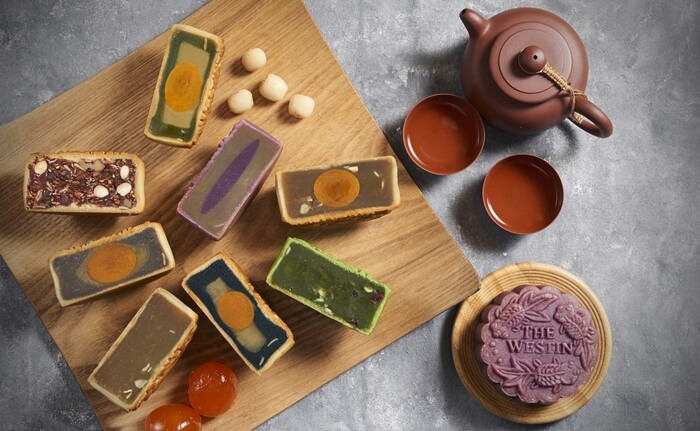 Purple Sweet Potato, Low Sugar White Lotus Single Yolk, Cranberry Green Tea, Black Sesame Single Yolk, Low Sugar While Lotus, Taro Sensation, Superb Mixed Nut, Pandan Mung Bean Single Yolk