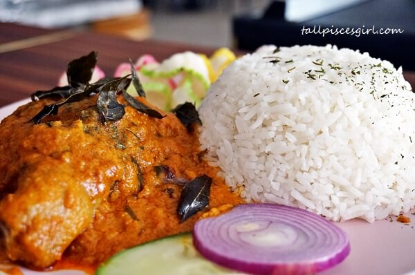 Chicken Rendang with Rice