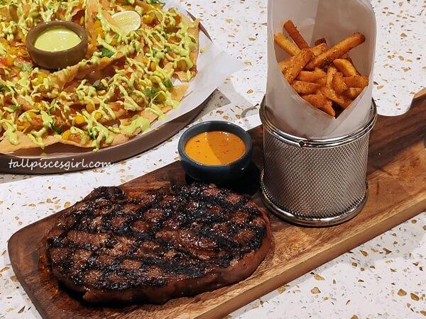 Black Angus Steak Fries 285g (Price: RM 127)
