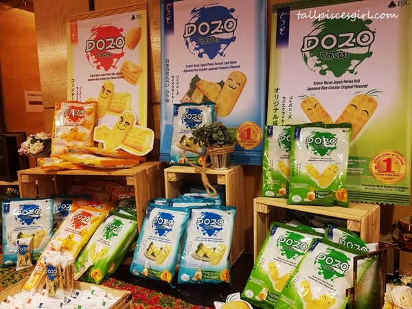 DOZO Rice Crackers is a healthier snacking alternative