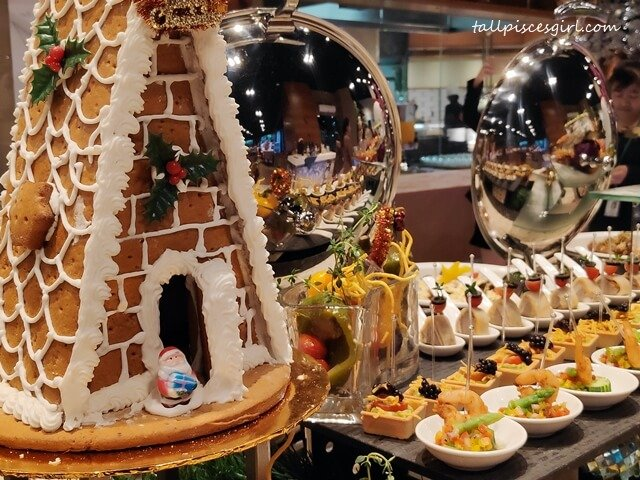 Have a Belly - Good Christmas Buffet at Cinnamon Coffee House, One World Hotel