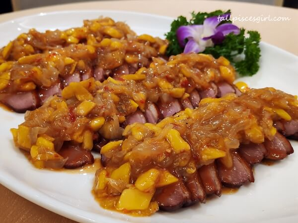 Roasted Smoked Duck Breast with Mango and Pomelo Salsa Sauce
