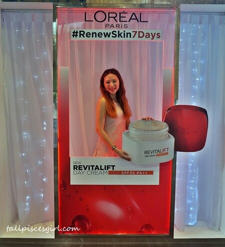 Renew Skin in 7 days with Loreal Paris Revitalift