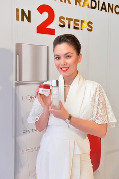 Siti Saleha with her favorite Loreal products