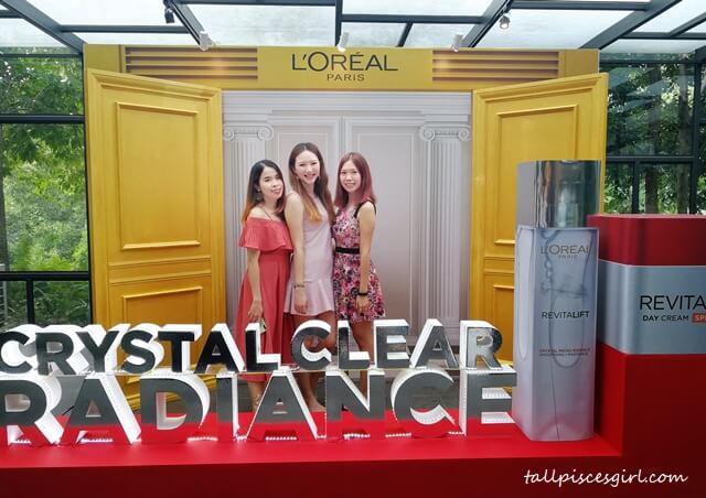 Team blogger at Loreal Paris Revitalift Launching Party