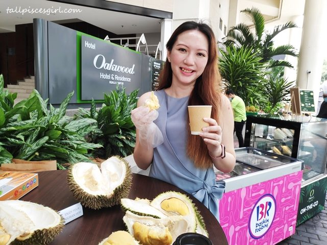 tallpiscesgirl X Oakwood Hotel Kuala Lumpur Durian ON-THE-GO