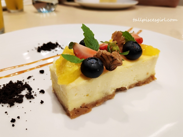 Cheesecake for dessert