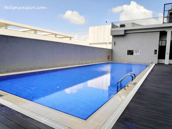 Swimming pool @ Hilton Garden Inn Puchong