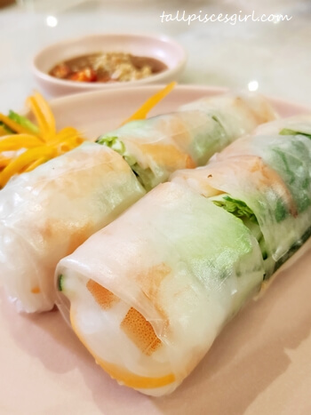 Nguyen's Viet Rolls (Price: RM 12 for 2 pcs)
