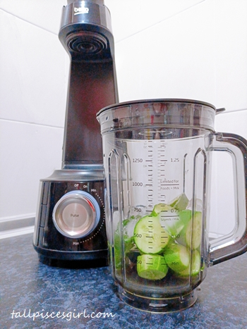 Add all the ingredients for Cucumber Smoothie into Beko Vacuum Blender TBV8104BX