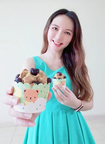tallpiscesgirl X Blueberry Muffins