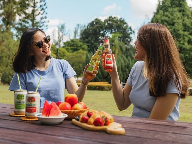 Cheers with Somersby Apple and Somersby Watermelon to Celebrate Apple Day